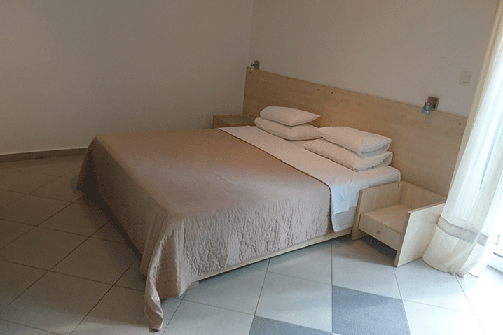 Beige-bedroom-Przno-montenegro-apartments