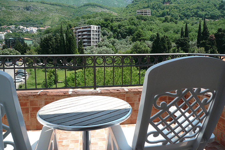 Room-with-view-przno-montenegro